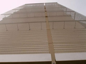 Conveyor belt mesh can be used as exterior facade.